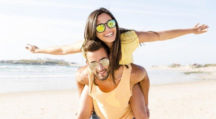 Lato w pełni - poznaj 5 sposobów, jak zadbać o swoje oczy